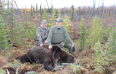 Grizzly-Hunting-in-Alaska