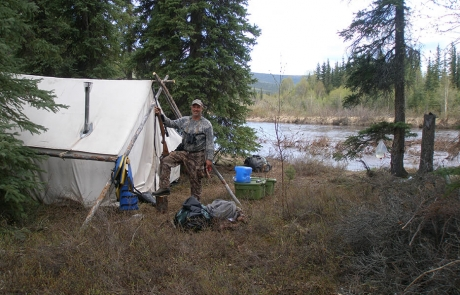 Spring-Grizzly-Hunting-Camp